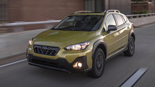 2021-subaru-crosstrek-receives-a-special-award-by-autotreader
