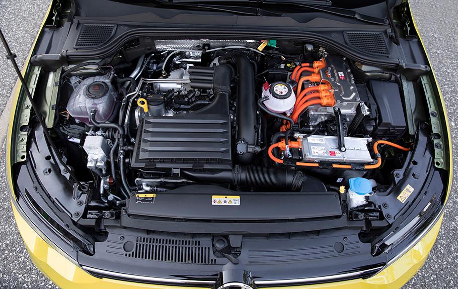 2021 Volkswagen Golf eHybrid Style