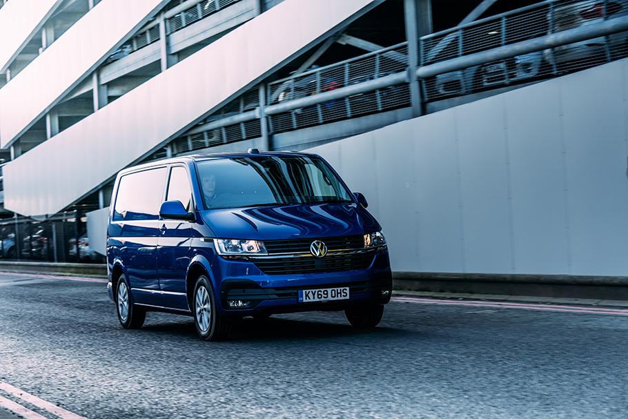 2021-Volkswagen Transporter