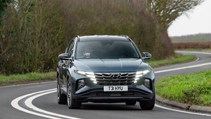 hyundai tucson won the best car for long distances award by auto trader