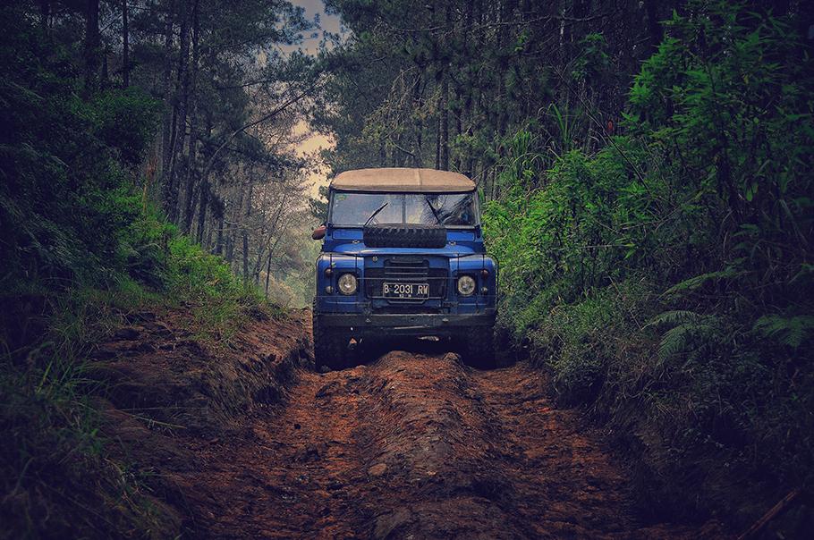 2021-Jeep-910