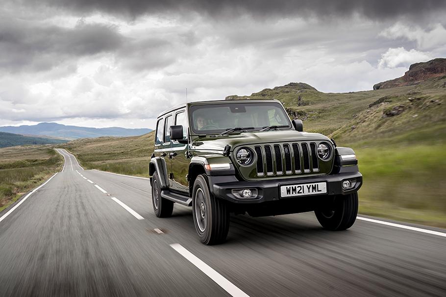 2021-Jeep-Wrangler-80th-Anniversary-910