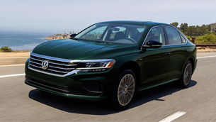 Volkswagen ends the assembly of the Passat lienup with an exclusive Limited Edition