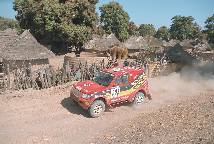2021 Dakar Mitsubishi