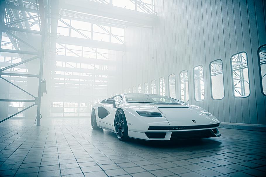 2021 Lamborghini Countach LPI-800-4