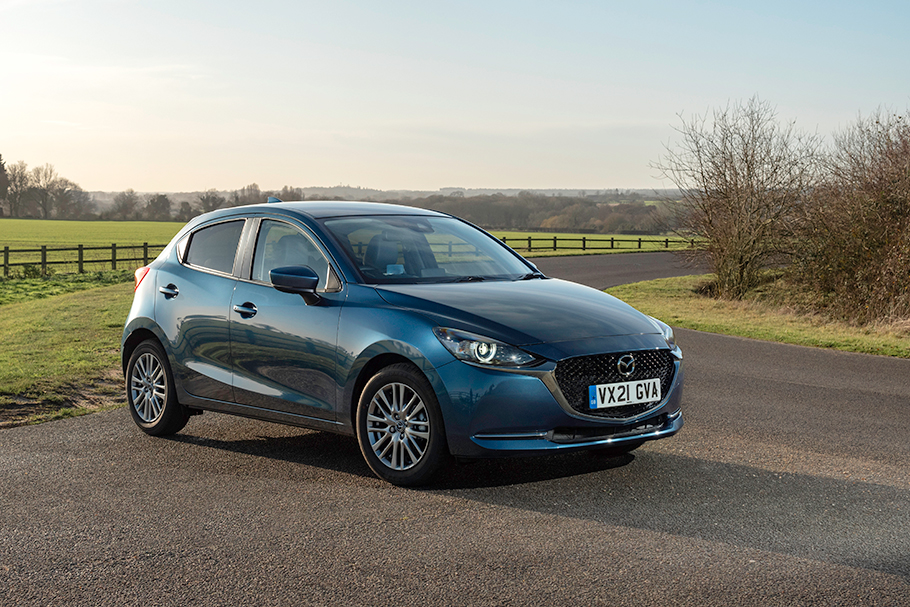 2021-Mazda2-910