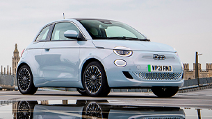 new-fiat-500-is-named-best-small-electric-car-by-parkers