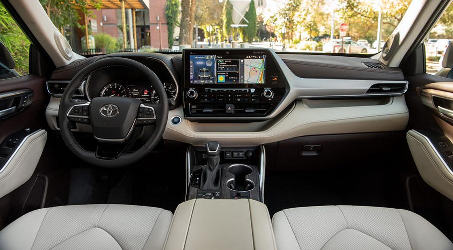 2022 toyota highlander hybrid-only bronze edition interior